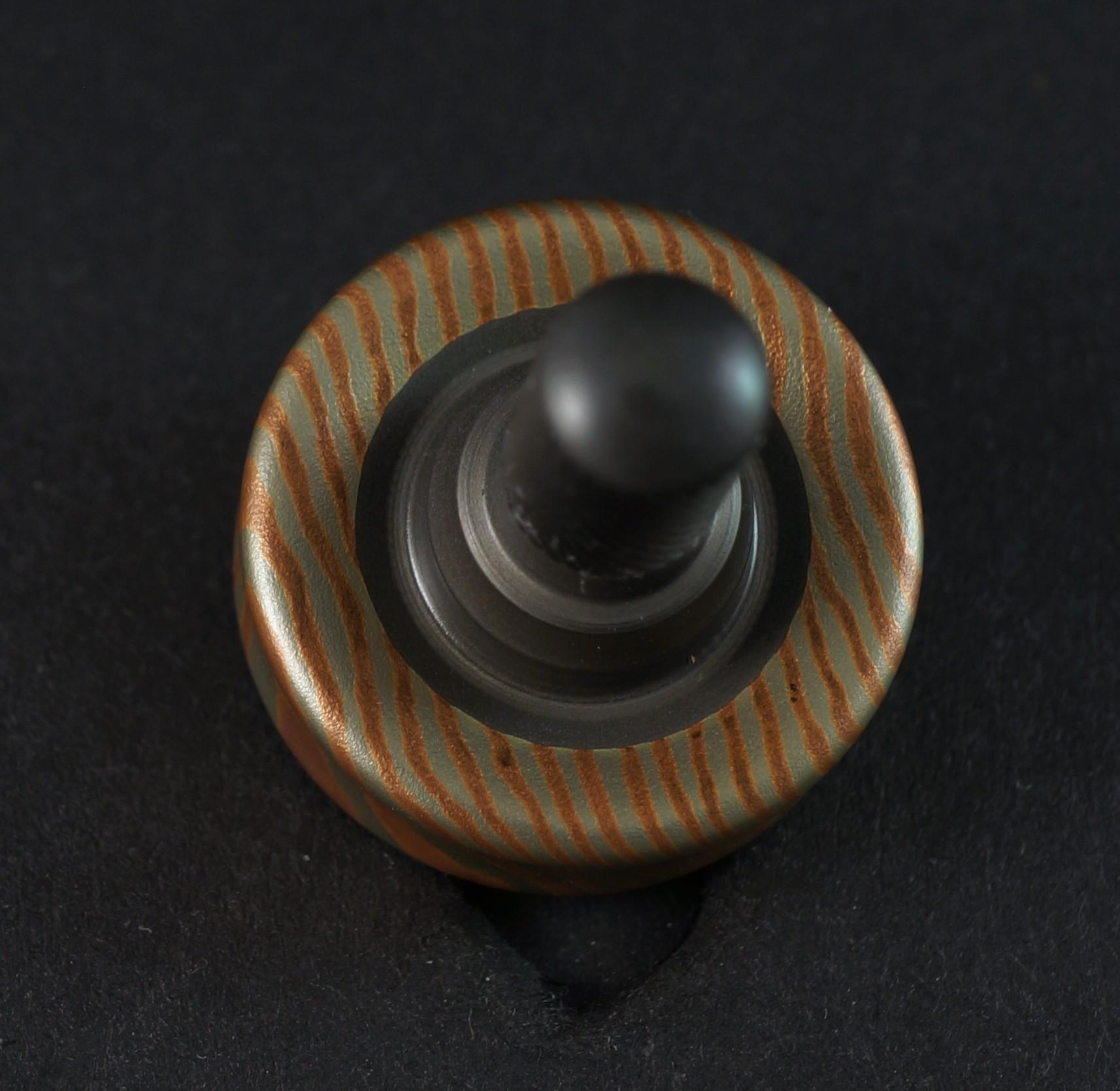 "#872 .73"" Sakmar 2 alloy mokume and titanium picture 2"
