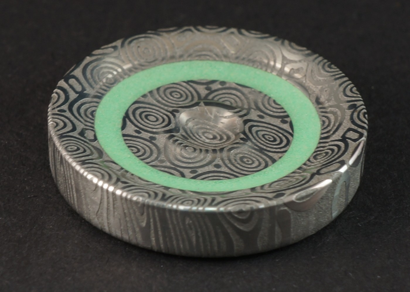 """#859 1.06"""" Fenja damasteel & Green TurboGlow spinning worry coin picture 2"""